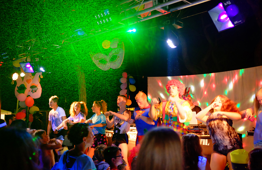 Night parties and shows at the Costa Brava