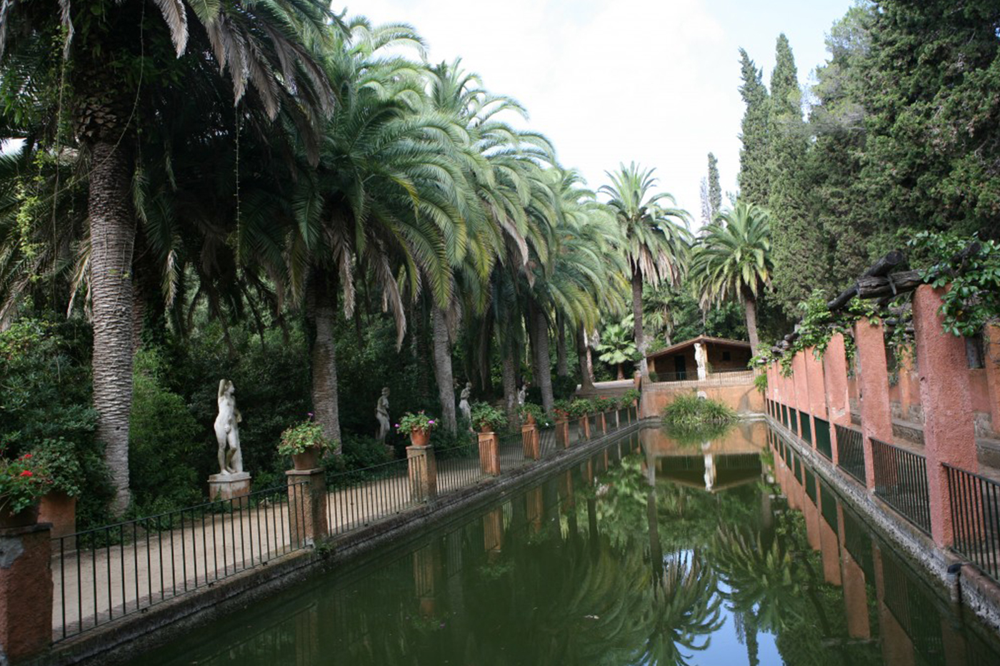 tourism in Blanes, gardens and ponds to enjoy the summer holidays