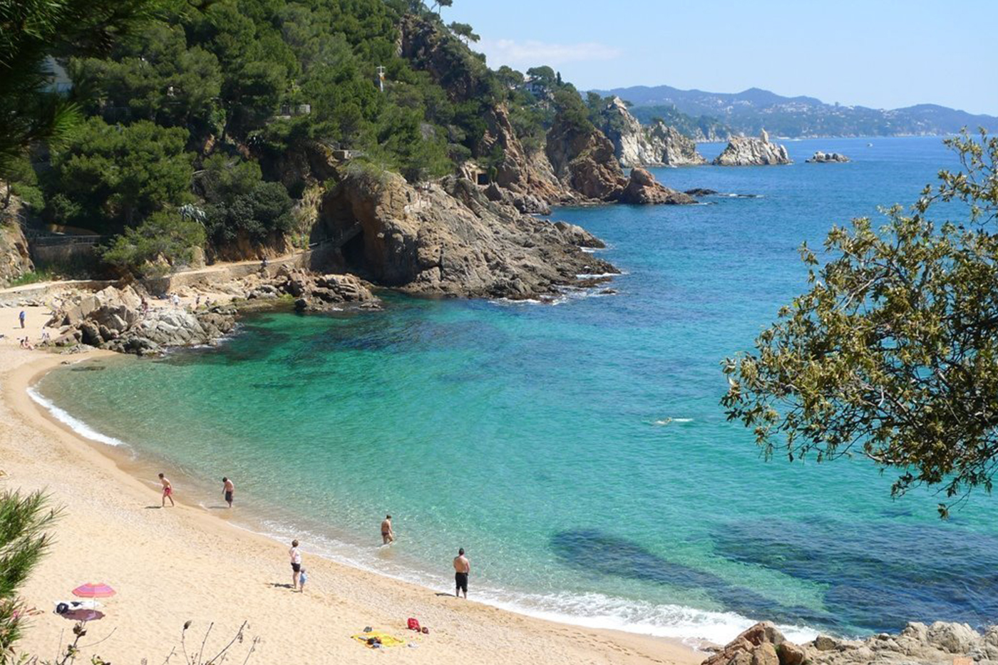 Tourism in Blanes. The possibility of visiting the most beautiful beaches of the Costa Brava