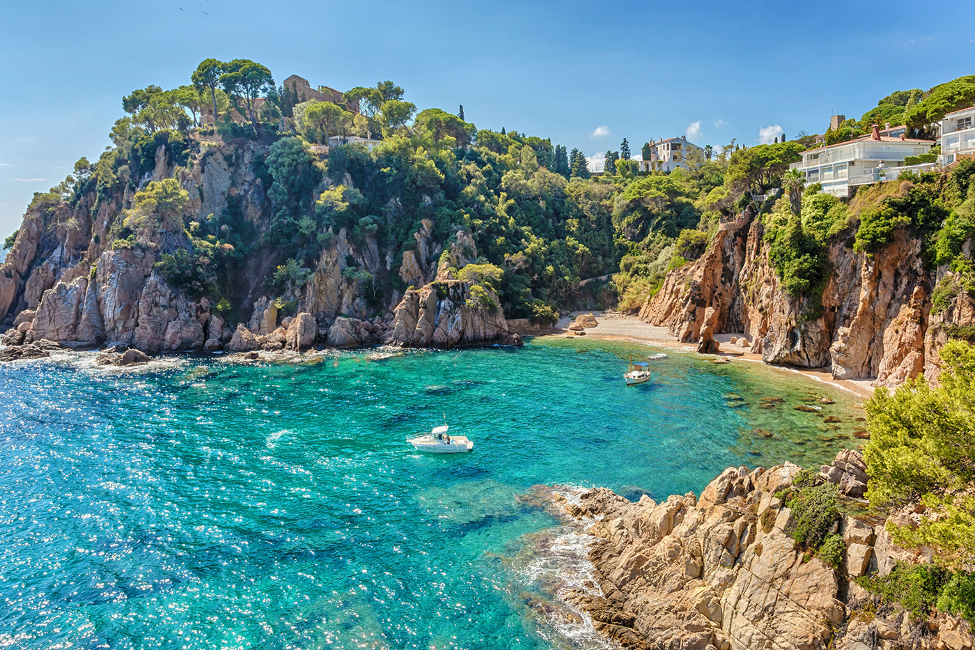 Visit the Costa Brava and take advantage of your stay at Camping El Pinar to explore Blanes